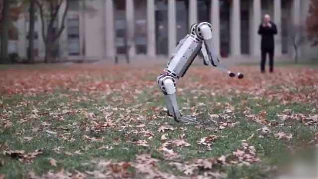 后空翻!MIT研發四足機器人新功能