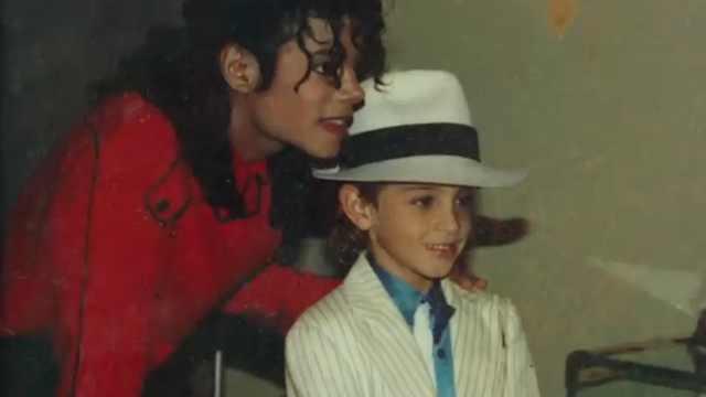 MJ性侵纪录片惹争议:该封杀他吗?