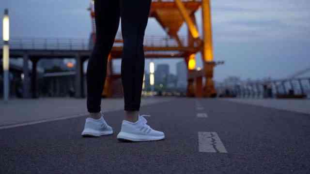 跑翻街头,跑翻上海时尚文艺未知地