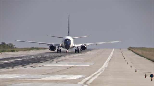 疑因故障,俄一架波音飞机紧急降落