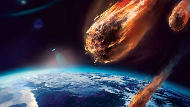 宇宙中飞行的陨石为何会燃烧?