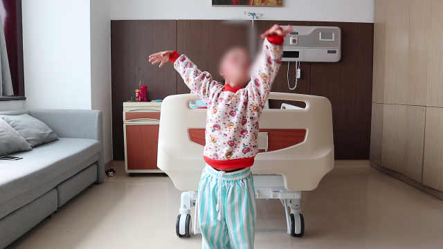 女儿面部被烧伤,爸爸自制抗疤器具