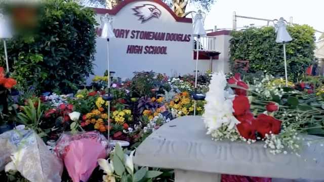 患PTSD?美校园枪案两名幸存者自杀