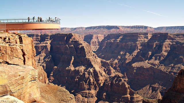 中国游客美国大峡谷自拍时坠崖身亡