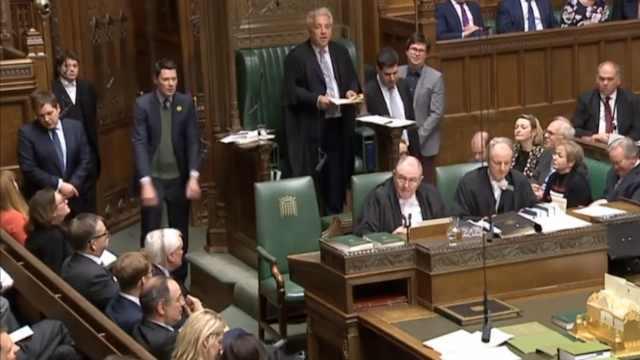 英国议会再次否决全部脱欧替代方案