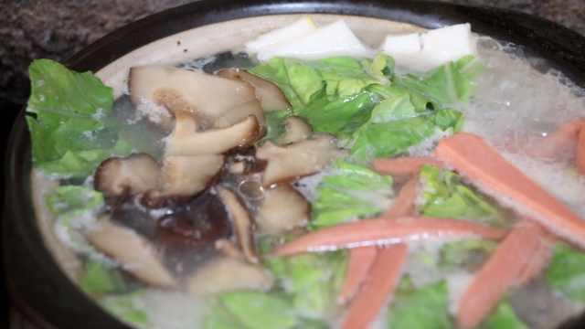 改良云南米线,她创荆州砂锅米线煲