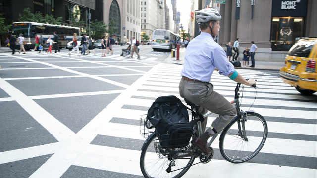 研究:骑车上下班能减少内脏脂肪