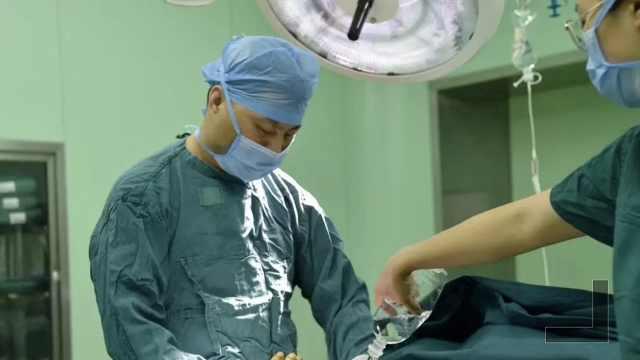 医生割阑尾四天后,站五小时做手术