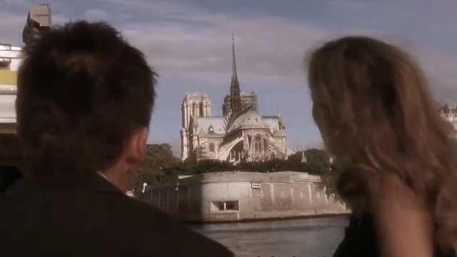 巴黎大火之后,法国人都去买这本书