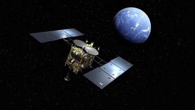 日本成功打出宇宙首个人工陨石坑