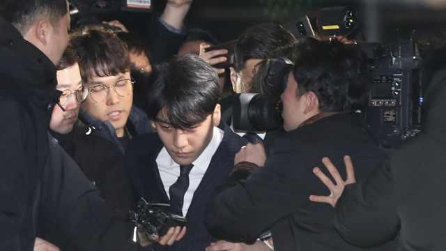 性交易、贿赂,韩警申请拘捕李胜利