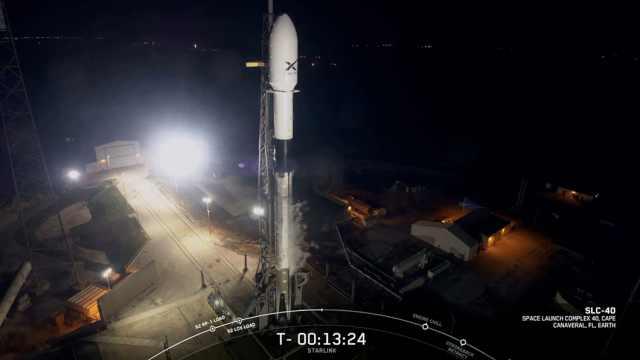 风太大!SpaceX推迟发射互联网卫星