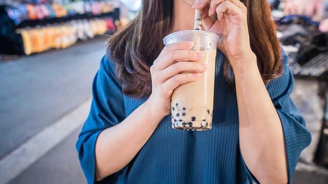 日本黑帮卖奶茶为生:曾卖过章鱼烧