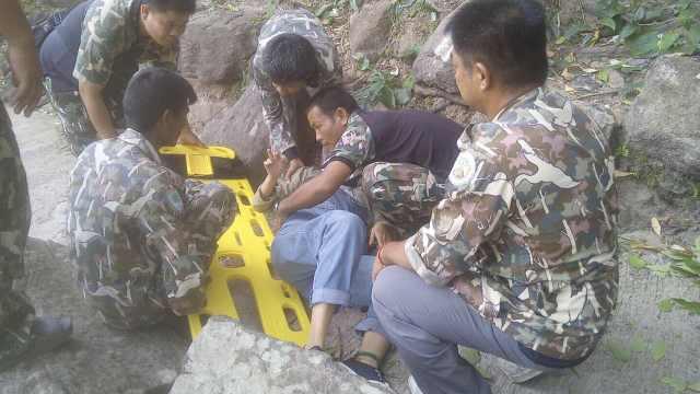 在泰坠崖中国孕妇:是被丈夫推下去