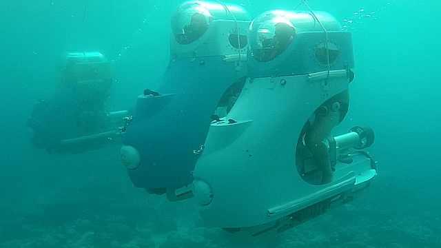 毛里求斯最受欢迎的海底摩托车