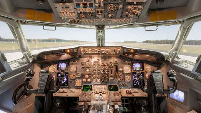 美FAA:手机或致部分波音飞机坠毁