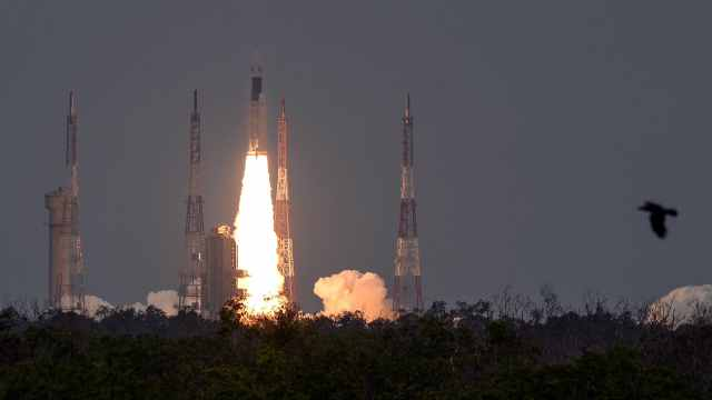 推迟多次,印度月球探测器发射成功