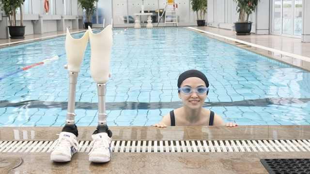 汶川地震失去双腿,她用假肢舞出开挂人生