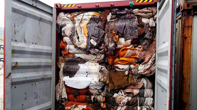 斯里兰卡将退还241箱英国