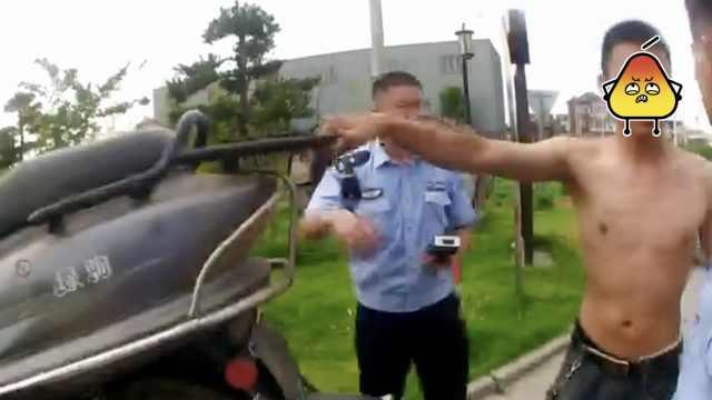 妻子车遭扣大哭,丈夫竟和交警抢车