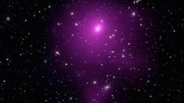 7亿光年外,有个400亿倍太阳的黑洞