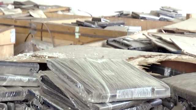 61吨洋垃圾被查获,海关无害化销毁