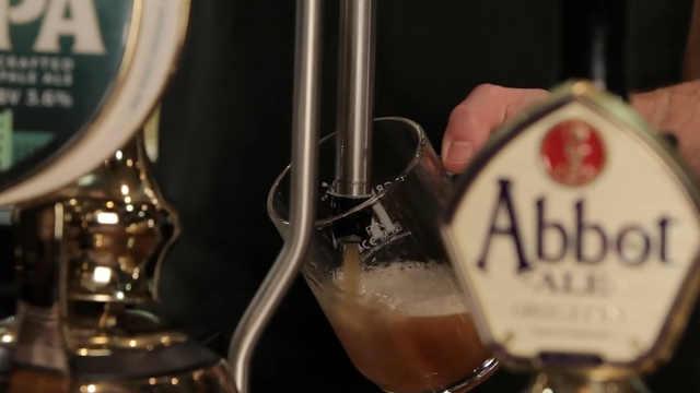 李嘉诚430亿砸向英国最大连锁酒吧