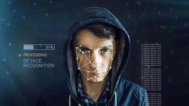 ZAO起来!AI换脸软件刷爆朋友圈
