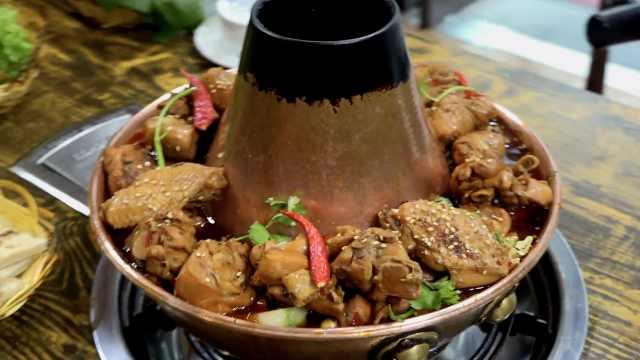 麻辣火锅鸡:小伙把家乡菜引入东北