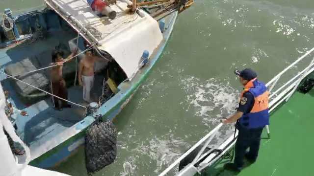 外籍船员海上受伤,温州海事局急救