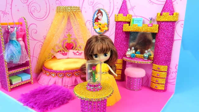 DIY芭比公主的粉色小城堡