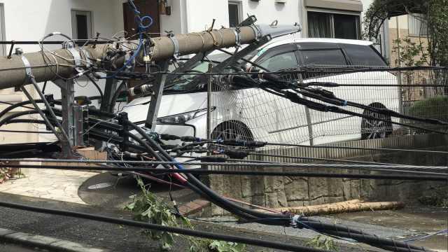 15号台风法茜登陆日本,90万户停电