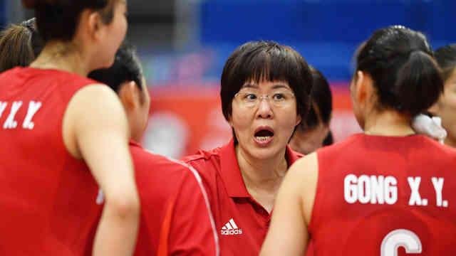 朱婷休战,中国女排3-0轻取喀麦隆