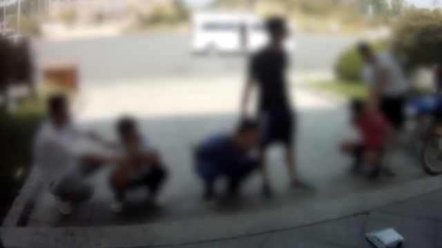 3男子中秋贩毒被抓:以为民警放假