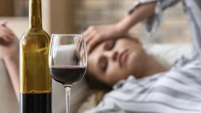 德国法院判决:宿醉是一种人类疾病