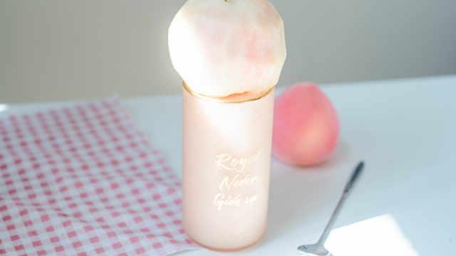 高颜值的桃子沙冰,凉爽又解渴