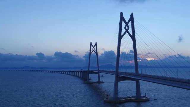 """港珠澳大桥:桥梁人圆""""中国梦"""""""