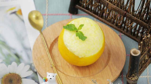 散发出橙子香气的甜橙牛奶羹!