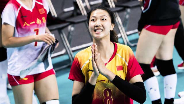 开门红!军运会中国女排3-0完胜美国