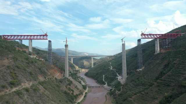 世界第一高墩铁路桥下部结构已完工