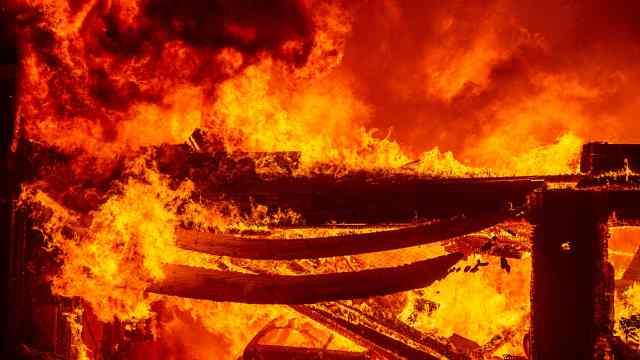 直播:熊熊如炼狱!加州山火肆虐10天