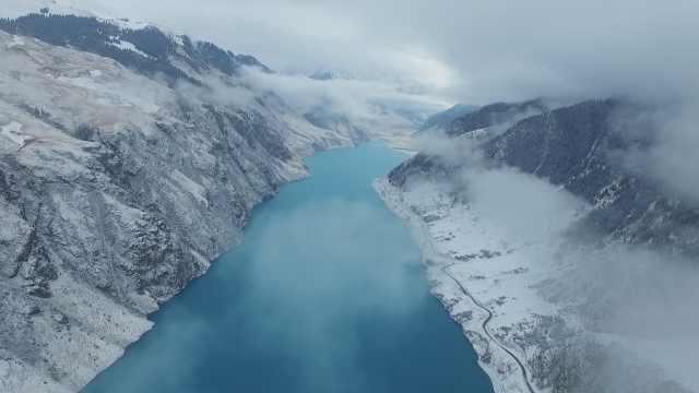 这就是仙境!新疆玉湖雪山云海环绕