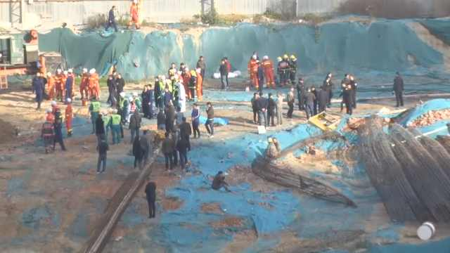 在建工地突坍塌3工人被埋,1人身亡