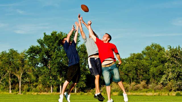 世卫组织:逾80%的青少年运动不足