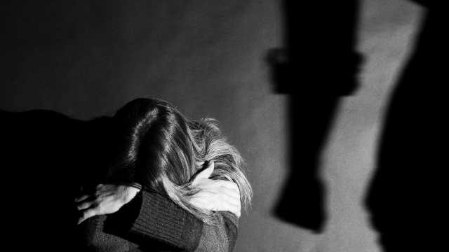 法国公布数十项措施以打击家庭暴力