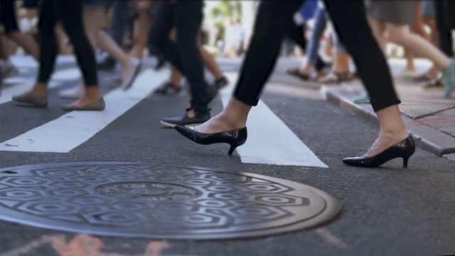 日本女星请愿禁止强制女性穿高跟鞋