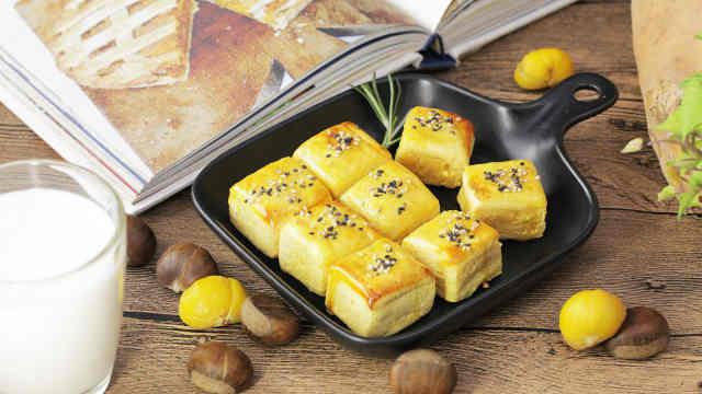 香甜软糯,个头小巧的番薯栗子糕