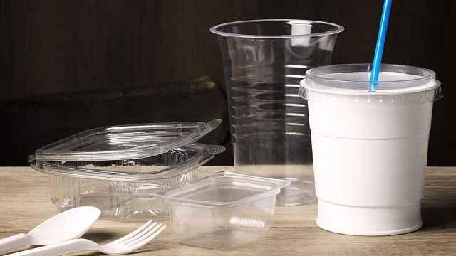 法国正式禁用三种一次性塑料制品