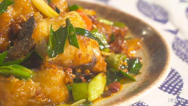 家乡年夜饭:红烧鱼块、鱼头汤