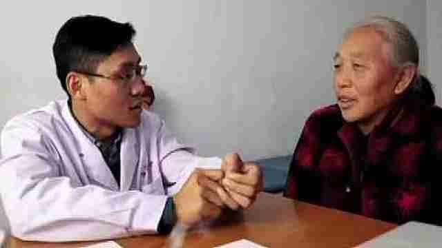 30岁村医拄双拐行医,守护乡邻健康